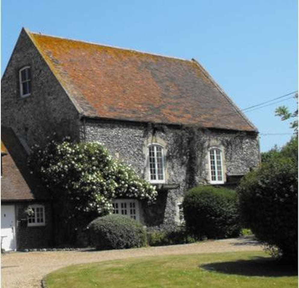 The Chapel - a very large 3 bedroom holiday property able to sleep up to 10 adults.