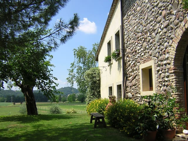 Cottage near Mantova and Verona - Monzambano - Appartement