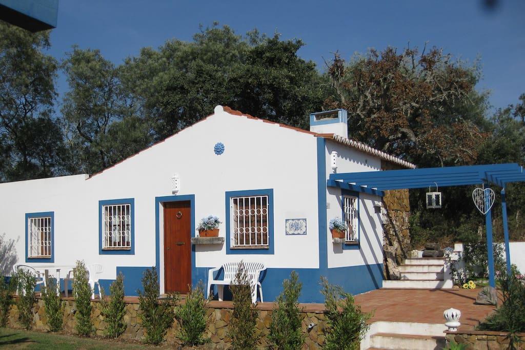 tipic house h user zur miete in aljezur portugal. Black Bedroom Furniture Sets. Home Design Ideas