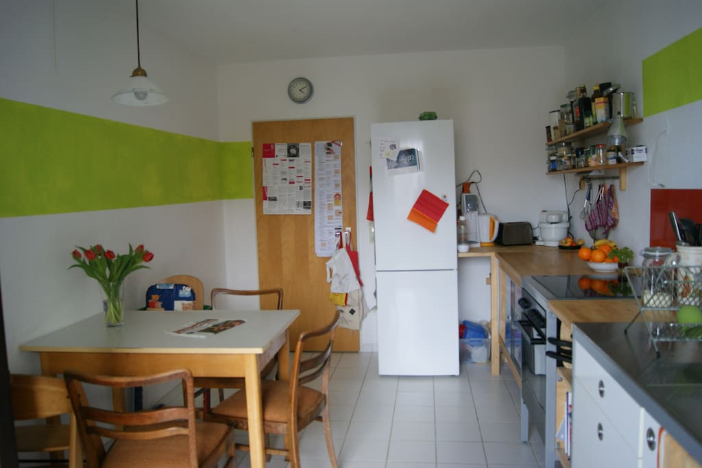 kitchen (view from balcony)