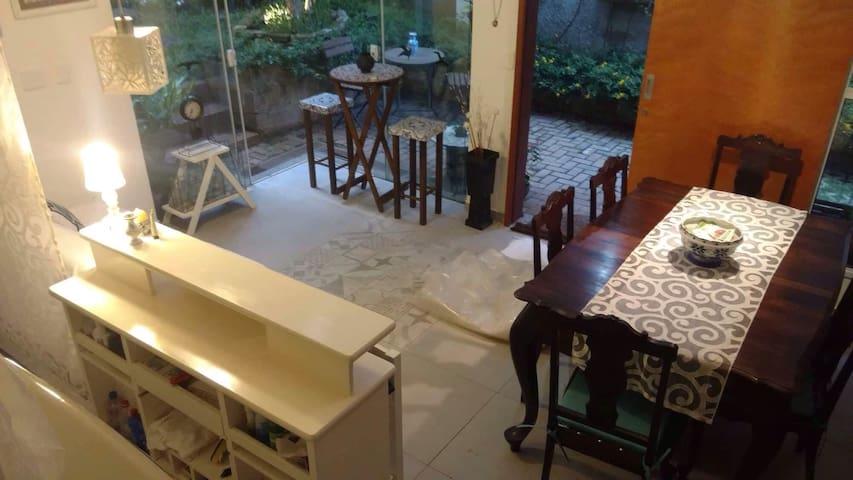 CHARMOSO LOFT, Araraquara-SP mínimo 2 hóspedes