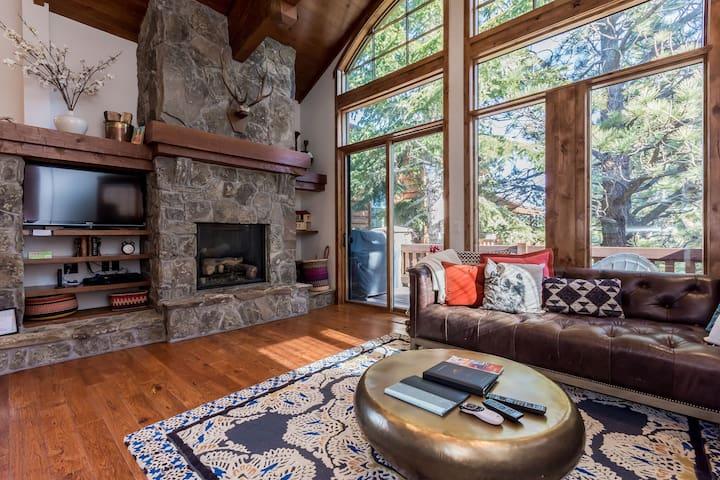 Stonegate Luxury Lodge