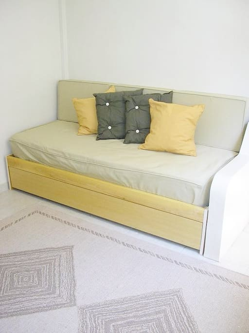 DOS CAMAS DE UNA PLAZA  two beds or queen size bed