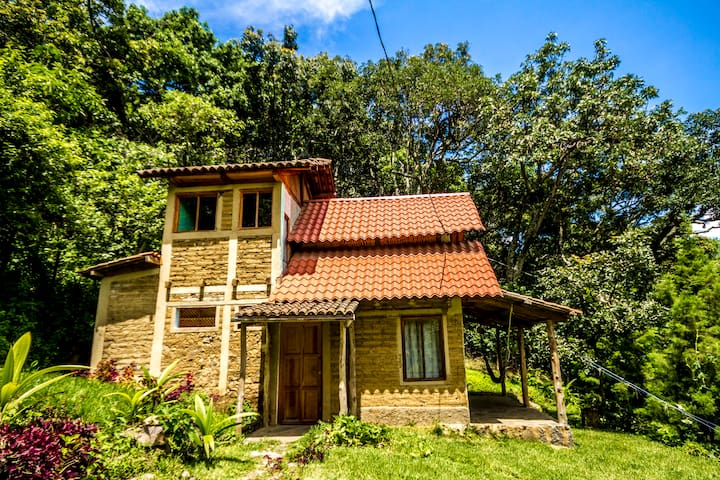 Private ecological bungalow Aguila
