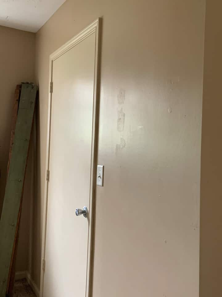 Cozy room close to beach! private! WOMEN ONLY!