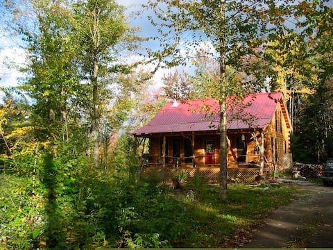 Dream Log Cabins! Pets Welcome!