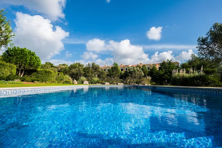 Beautifull Villa Guincho with pool up to 6 people