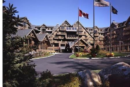 "Stowe Mt  Lodge ""CLASSIC ROOM"""
