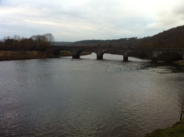 Amazing River View From Modern Home - Cappoquin - Talo