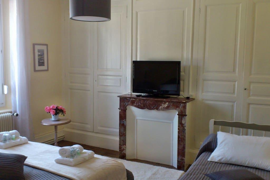 la chambre Belle Ile , chambre familiale (1 lit 180x200 et 1 lit 180x90)