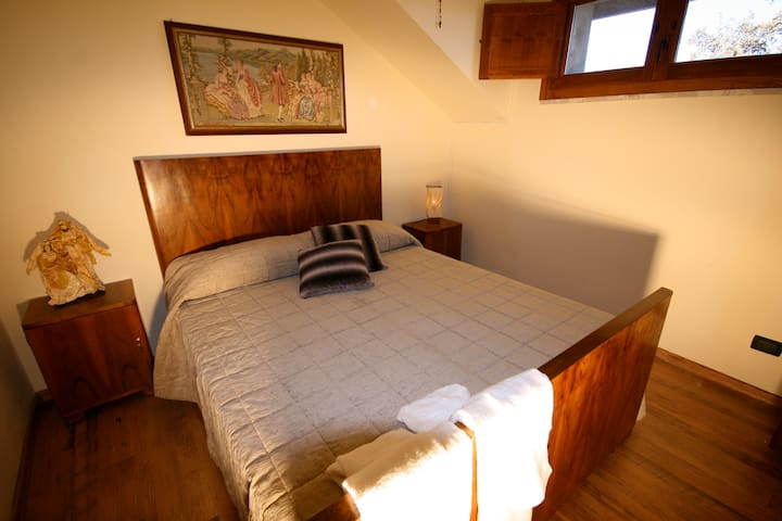 CAMERA MAGNOLIA - MONTECOPIOLO - Bed & Breakfast