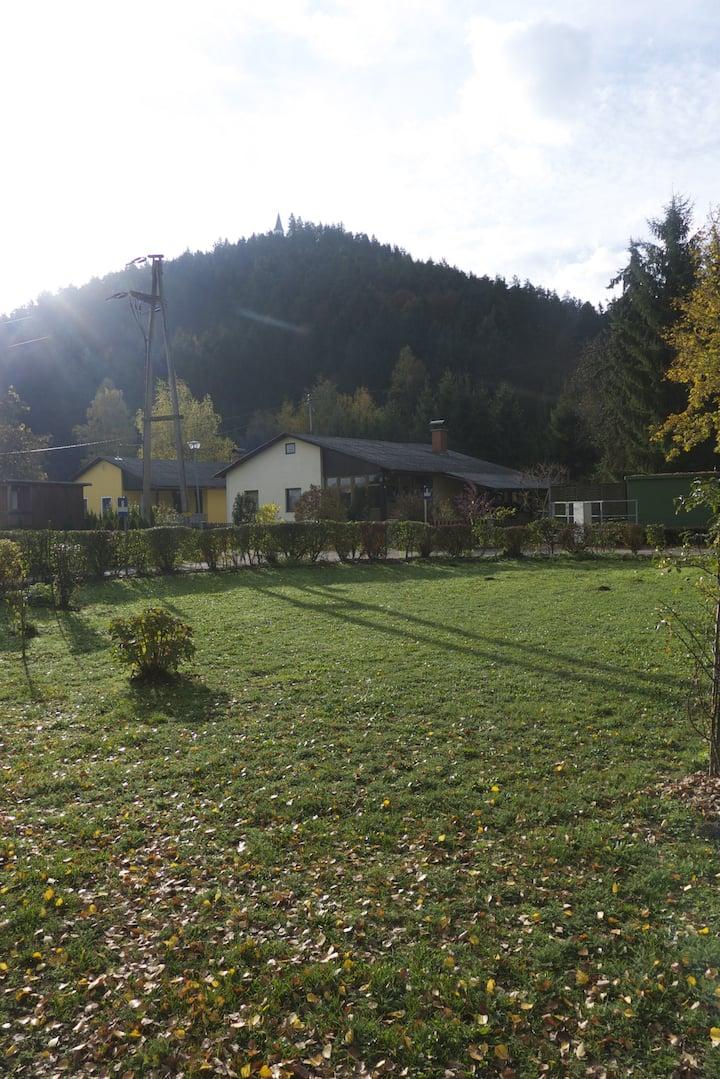 Bungalow mit grossem Garten Seenähe