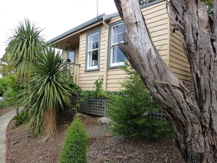Protea Hill Garden Cottage
