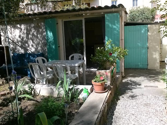 studio 20 M2 ,rez de jardin indépendent - Saint-Raphaël - Wohnung
