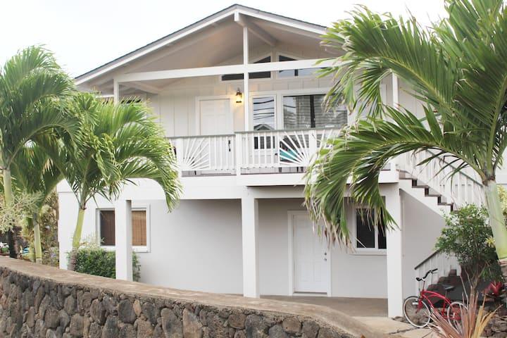 3 Bdrm, Beach view, Family friendly, A/C, 30-Day