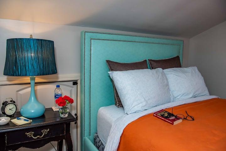 Private Room (Cheery) - East Atlanta Village