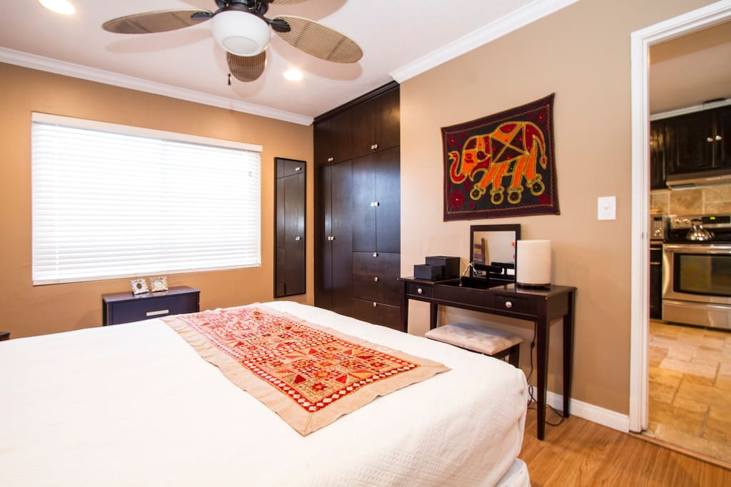 Private bedroom with queen bed... Beauty desk area and a very large closet area...