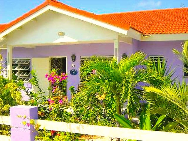 """Villa Kashu, centraal op Curacao!"" - Sint Willibrordus - Haus"
