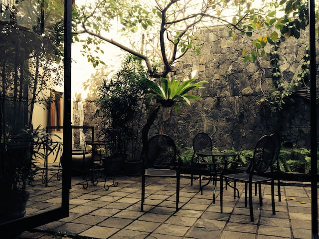 Luxury en-suite room in Colombo 4