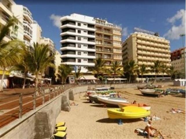 Playa Las Canteras, La Puntilla - Las Palmas de Gran Canaria - Departamento