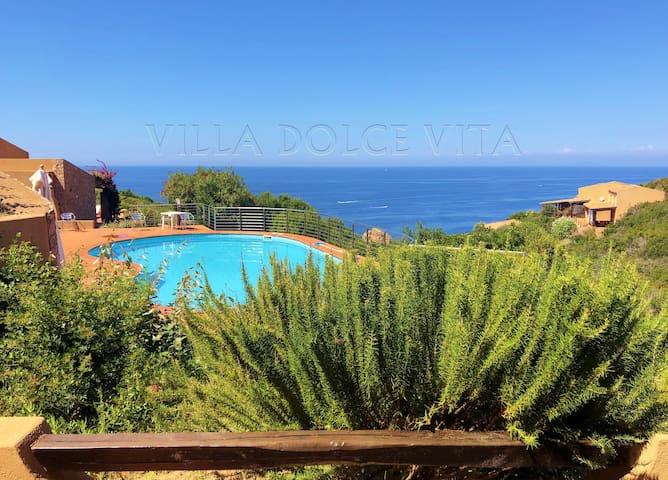 Dolce Vita in Sardegna , Costa Paradiso, Sardinia