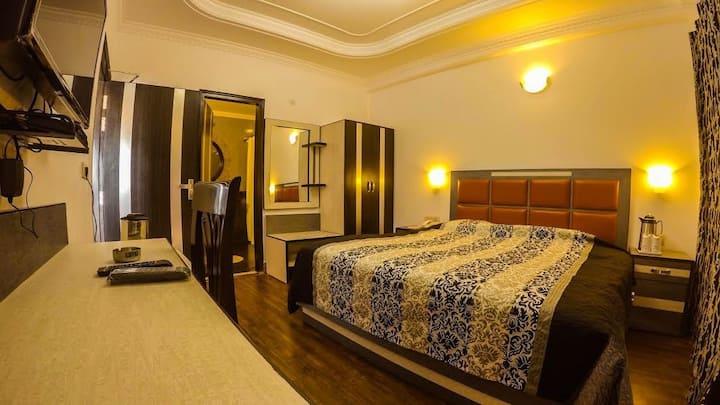 Hotel Shilton Mussoorie