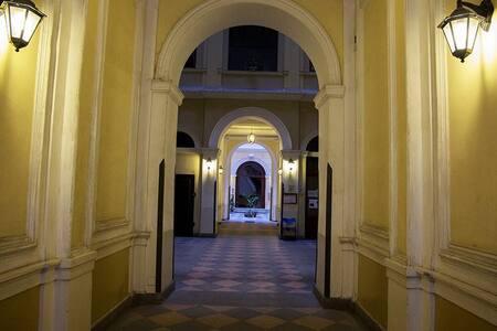 Una comoda stanza nel cuore di Roma
