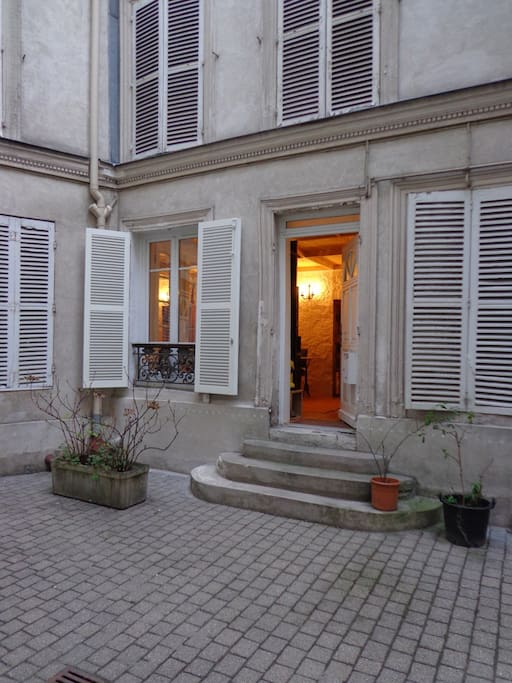 Flat/Appart Montmartre- Batignolles