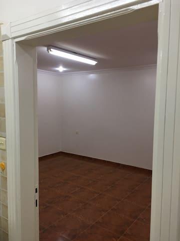 Apartment for Yearly Rent  شقة للتأجير السنوي