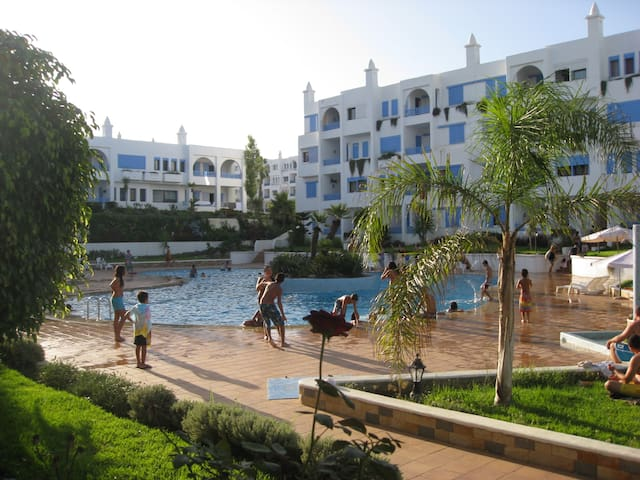 SPACIOUS KABILLA  VISTA POOLSIDE APPT : 2+3 - Tetouan - Apartament