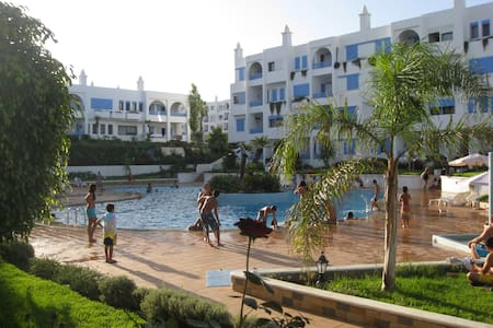 SPACIOUS KABILLA  VISTA POOLSIDE APPT : 2+3 - Tetouan