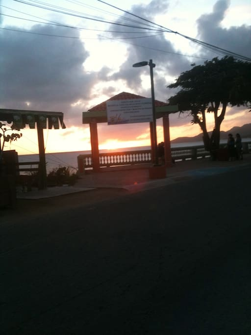 Sunset in the Malecon