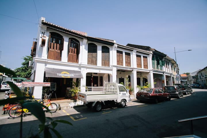 BOUTIQUE HOMESTAY in GEORGETOWN - George Town - House