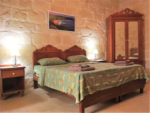 Gozo B&B 2 - Nadur - Bed & Breakfast