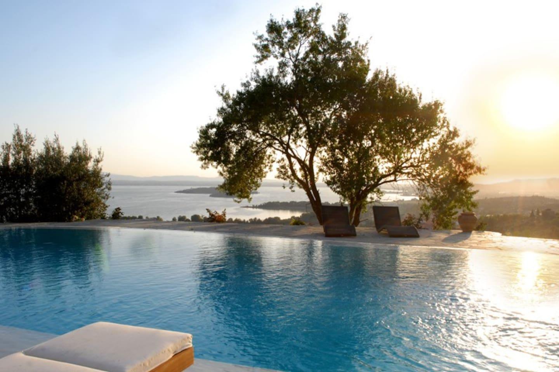Top 20 gosparini villa and bungalow rentals   airbnb gosparini ...