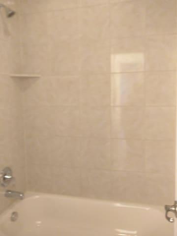 TopFloorRoom2:shower