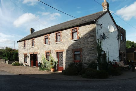 Bective Mill House B&B - Family Room - (RM3) - Bective
