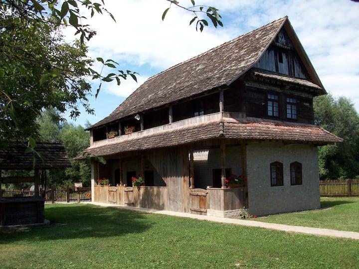 Ethno Village Stara Lonja (house 1)