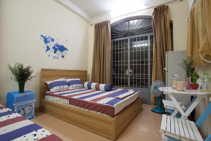 FAMI'S HOMESTAY (Private Room 1)