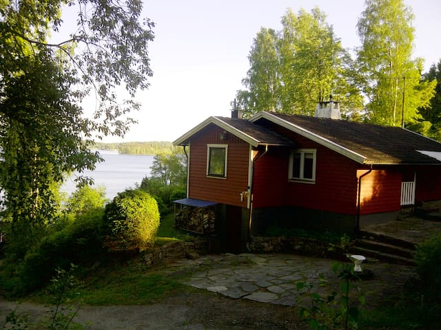 Lakeview house near Gothenburg - Hindås - บ้าน