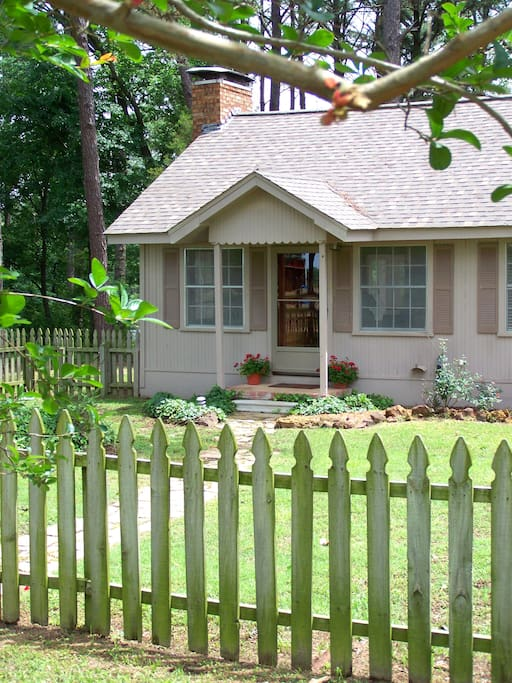 The cottage is landscaped and welcoming