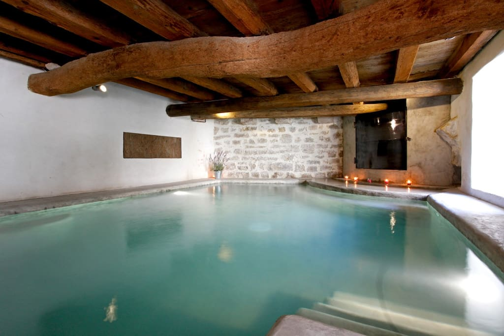 House with indoor heated pool maison piscine houses - Chambre d hote piscine chauffee ...