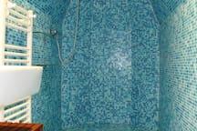 La salle d'eau, comme un air de hammam ...