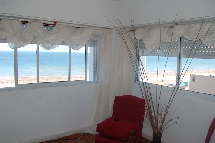 Amazing beachfront apartment