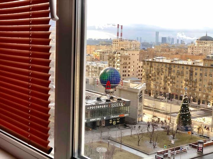 Квартира на Арбате, 5 мин. до метро, вид на Кремль