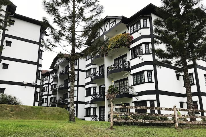Vintage 3-Bedroom Apartment in Cameron Highlands