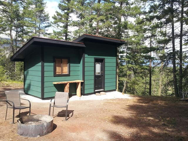 Charming Bungalow & Cottage Retreat - Vernon - Byt