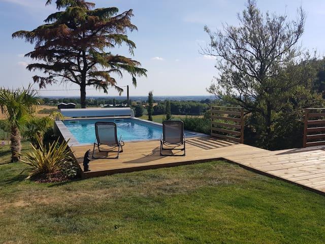 Appartement avec piscine proche du Puy du Fou