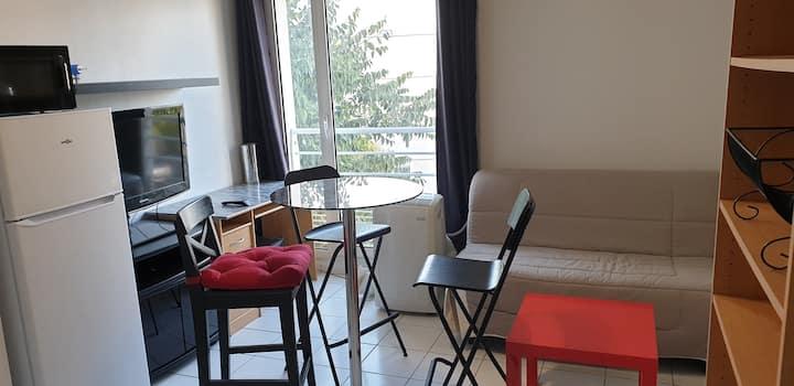 Studio idéal pour visiter Avignon (cité des papes)