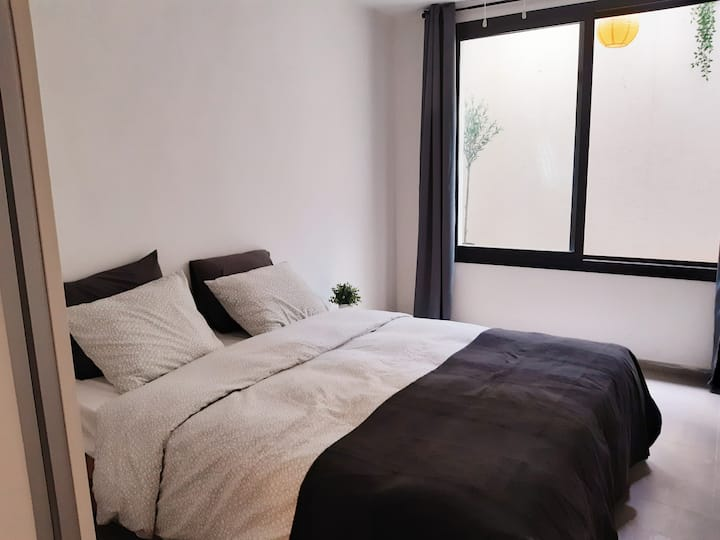 Nice and new 2 rooms flat near Tel Aviv (Raanana)!